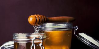 How to Make Honey - Honey Jar